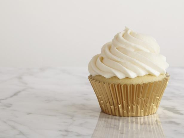 November 10th – National Vanilla Cupcake Day