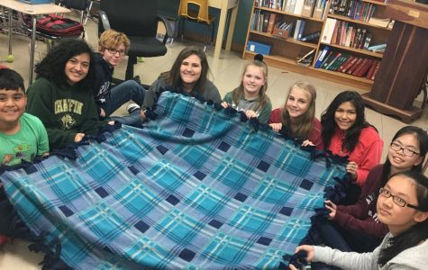Optimist Club Makes Quilts for Kids in Need
