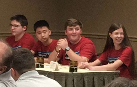 Dat Nguyen with that Quiz Bowl Win