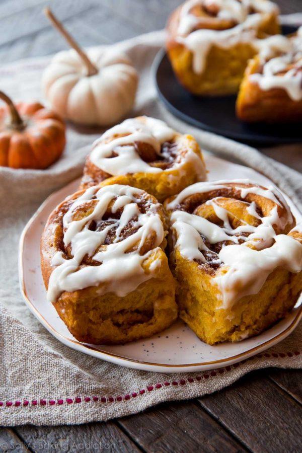 Pumpkin+Cinnamon+Rolls
