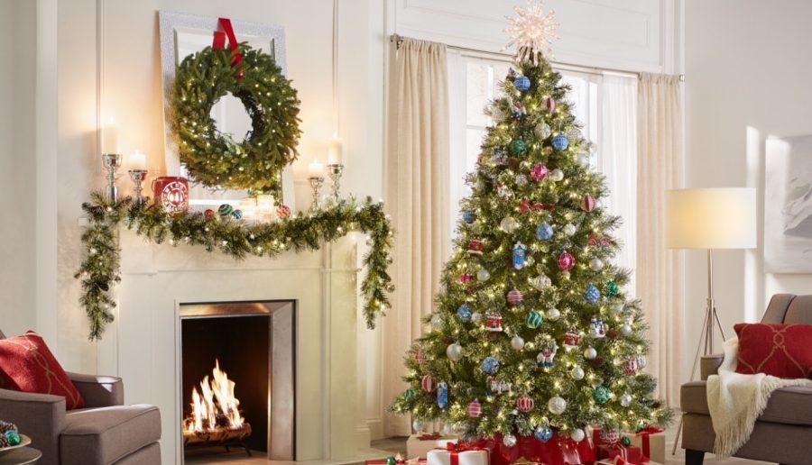 Christmas Time, Decorating Time